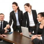 6 Need-to-Know Steps to Effectively Communicate With Employees Who Work Online
